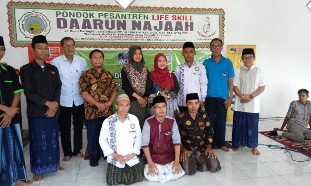 Promosikan Kedamaian: RRI Kota Semarang Gandeng Life Skill Daarun Najaah