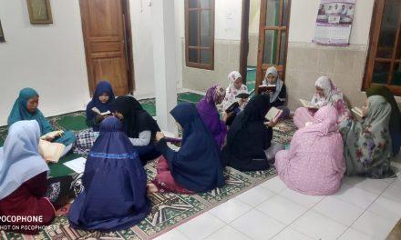 Mengawali Tahun 2020, Santri Life Skill Daarun Najaah Gelar Ngaji Al-Quran Serentak