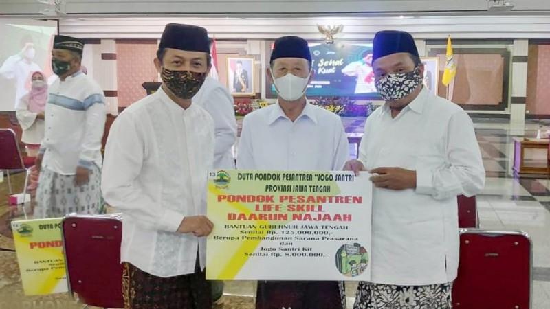 Pesantren Daarun Najaah Semarang Terpilih Jadi Duta Jogo Santri Jateng